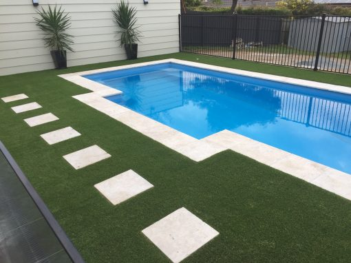 Pool with artificial grass