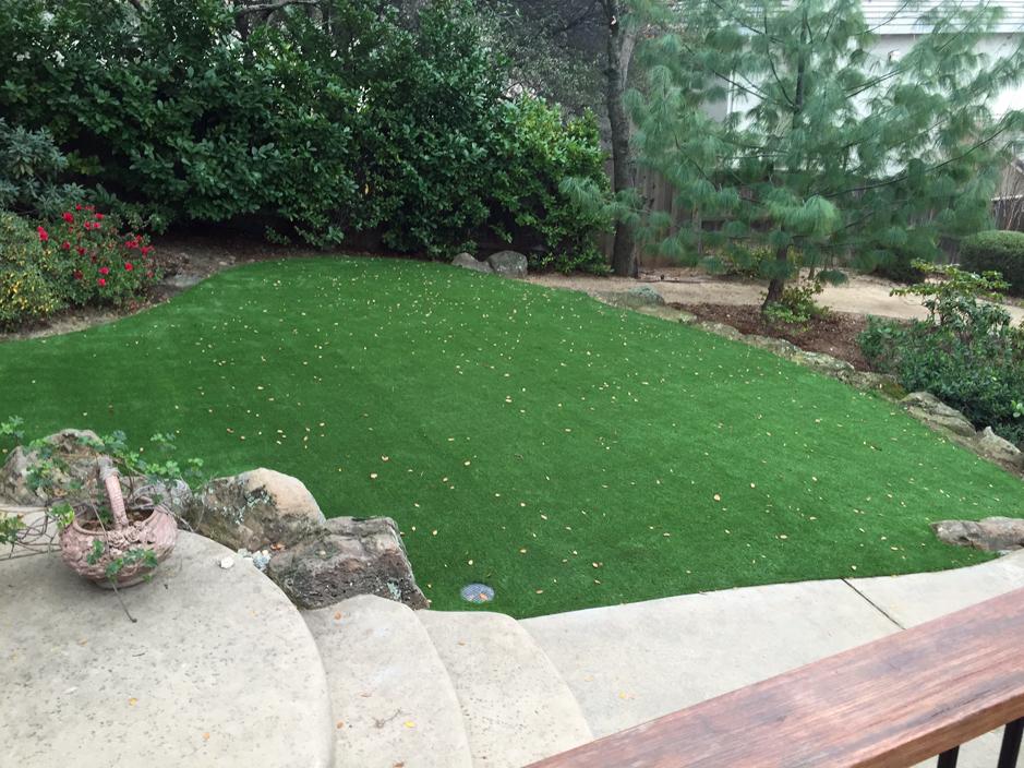 Artificial Grass Landscaping Designs